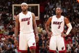 Phoenix Suns v Miami Heat: LeBron James and Dwyane Wade Photographic Print by Victor Baldizon