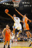 Phoenix Suns v Golden State Warriors: Monta Ellis and Josh Childress Lmina fotogrfica por Rocky Widner