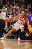 Los Angeles Lakers v Chicago Bulls: Carlos Boozer and Lamar Odom Photographic Print by Andrew Bernstein