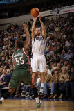 Milwaukee Bucks v Dallas Mavericks: Jose Juan Barea and Keyon Dooling Photographic Print by Danny Bollinger