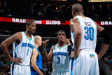 Dallas Mavericks v New Orleans Hornets: Chris Paul, Trevor Ariza and David West Photographic Print by Chris Graythen