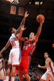 New Jersey Nets v New York Knicks: Kris Humphries and Wilson Chandler Photographic Print by Nathaniel S. Butler