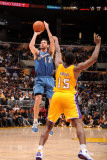 Washington Wizards v Los Angeles Lakers: Kirk Hinrich and Ron Artest Photographic Print by Noah Graham