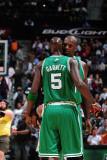 Boston Celtics v Atlanta Hawks: Kevin Garnett and Shaquille O'Neal Photographic Print by Scott Cunningham