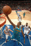 New Orleans Hornets v Los Angeles Clippers: Trevor Ariza Photographic Print by Andrew Bernstein