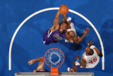 Sacramento Kings v Los Angeles Clippers: Carl Landry Photographic Print by Noah Graham