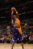 Sacramento Kings v Los Angeles Lakers: Kobe Bryant and Luther Head Photographic Print by Noah Graham