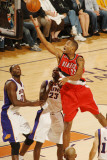 Portland Trail Blazers v Phoenix Suns: Marcus Camby and Jason Richardson Photographic Print by Barry Gossage