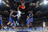 New York Knicks v Denver Nuggets: Nene and Amar'e Stoudemire Photographie par Garrett Ellwood