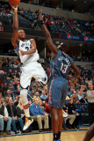Charlotte Bobcats v Memphis Grizzlies: Rudy Gay and Nazr Mohammed Photographic Print by Joe Murphy