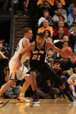San Antonio Spurs v Golden State Warriors: Tim Duncan and David Lee Photographic Print by Jed Jacobsohn