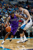 Sacramento Kings v New Orleans Hornets: Luther Head and Jason Smith Photographic Print by Chris Graythen