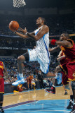 Cleveland Cavaliers v New Orleans Hornets: Trevor Ariza Photographic Print by Layne Murdoch