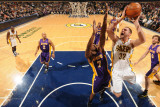 Los Angeles Lakers v Indiana Pacers: Josh McRoberts and Lamar Odom Photographic Print by Ron Hoskins