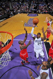 Chicago Bulls v Sacramento Kings: Jason Thompson Photographic Print by Rocky Widner