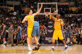 Washington Wizards v Los Angeles Lakers: Pau Gasol and Kobe Bryant Photographic Print by Andrew Bernstein