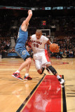 Washington Wizards v Toronto Raptors: Kirk Hinrich and Leandro Barbosa Photographic Print by Ron Turenne