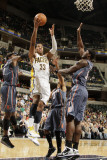 Charlotte Bobcats v Indiana Pacers: Danny Granger and Kwame Brown Photographic Print by Ron Hoskins