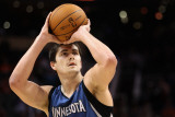 Minnesota Timberwolves v Phoenix Suns: Darko Milicic Photographic Print by Christian Petersen