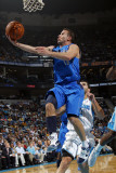 Dallas Mavericks v New Orleans Hornets: Jose Barea Lmina fotogrfica por Layne Murdoch