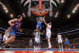 New York Knicks v Los Angeles Clippers: Amar'e Stoudemire and Blake Griffin Photographic Print by Noah Graham