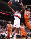 Phoenix Suns v Portland Trail Blazers: Earl Barron and Wesley Matthews Photo by Sam Forencich