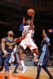Denver Nuggets v New York Knicks: Amar'e Stoudemire and Shelden Williams Photographic Print by Nathaniel S. Butler