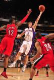 Portland Trail Blazers v Phoenix Suns: Goran Dragic and LaMarcus Aldridge Photographic Print by Barry Gossage