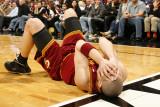 Cleveland Cavaliers v Miami Heat: Anthony Parker Fotografisk tryk af Issac Baldizon