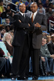 Cleveland Cavaliers v New Orleans Hornets: Byron Scott and Paul Pressey Photographic Print by Layne Murdoch