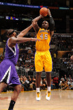 Sacramento Kings v Los Angeles Lakers: Derrick Caracter Photographic Print by Noah Graham