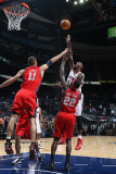 New Jersey Nets v Atlanta Hawks: Marvin Williams Photographic Print by Scott Cunningham