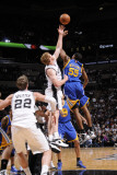 Golden State Warriors v San Antonio Spurs: Reggie Williams and Matt Bonner Photographic Print by D. Clarke Evans