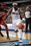 New Jersey Nets v Dallas Mavericks: Jason Terry and Anthony Morrow Photographic Print by Glenn James
