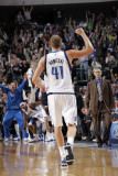New Orleans Hornets v Dallas Mavericks: Dirk Nowitzki Photographic Print by Glenn James