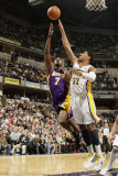 Los Angeles Lakers v Indiana Pacers: Lamar Odom and Danny Granger Photographic Print by Ron Hoskins
