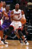 Phoenix Suns v Miami Heat: Dwyane Wade and Jason Richardson Photographic Print by Andrew Bernstein