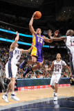 Los Angeles Lakers v New Jersey Nets: Shannon Brown, Jordan Farmar and Quinton Ross Photographic Print by Andrew Bernstein