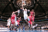 Houston Rockets v Dallas Mavericks: Jason Kidd, Kyle Lowry and Brad Miller Photographic Print by Glenn James