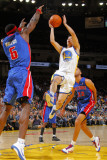 Detroit Pistons v Golden State Warriors: Ben Wallace and Jeremy Lin Photographic Print by Rocky Widner