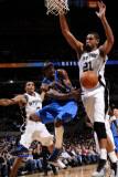 Dallas Mavericks v San Antonio Spurs: Jason Terry and Tim Duncan Photographic Print