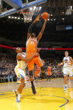 Phoenix Suns v Golden State Warriors: Hakim Warrick and Reggie Williams Photographic Print by Rocky Widner