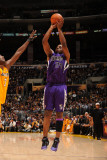 Sacramento Kings v Los Angeles Lakers: Carl Landry and Lamar Odom Photographic Print by Noah Graham