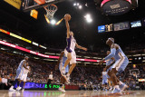 Denver Nuggets v Phoenix Suns: Steve Nash Photographic Print by Christian Petersen