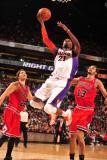 Chicago Bulls v Phoenix Suns: Hakim Warrick Photographic Print by Barry Gossage