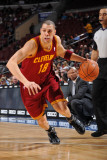 Cleveland Cavaliers v Philadelphia 76ers: Anthony Parker Fotografisk tryk af Jesse D. Garrabrant