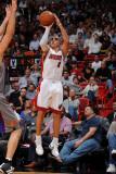 Phoenix Suns v Miami Heat: Carlos Arroyo Photographic Print by Andrew Bernstein