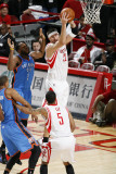 Oklahoma City Thunder v Houston Rockets: Brad Miller Photographic Print by Bill Baptist