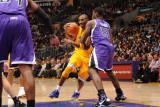 Sacramento Kings v Los Angeles Lakers: Kobe Bryant and Tyreke Evans Photographic Print by Noah Graham