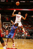 Detroit Pistons v Miami Heat: Eddie House and Ben Gordon Photographic Print by Issac Baldizon